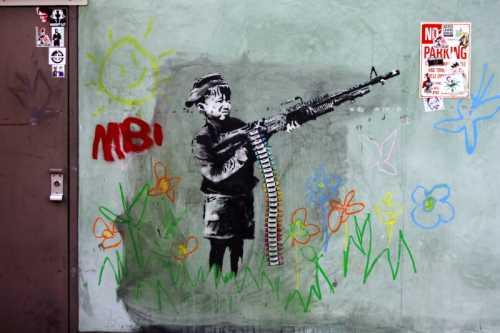 Banksy - Bambino col mitragliatore